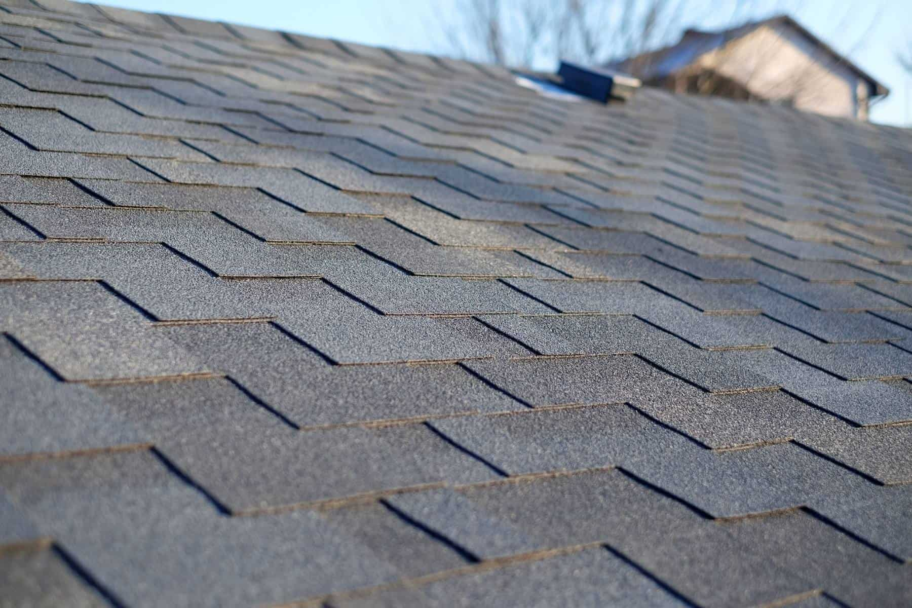 How to get Shingles on A Roof