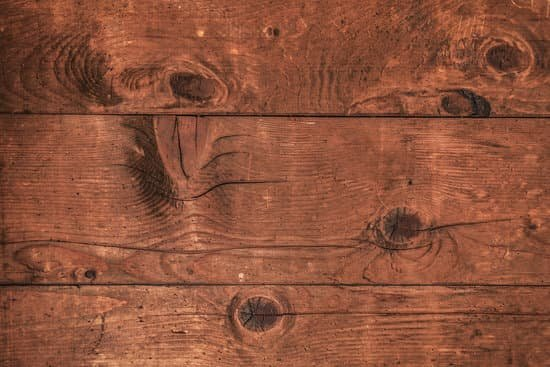How To Remove White Water Stains From Wood Planted S - How To Remove Water Stains From Pine Table