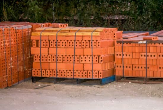 How Many Bricks in a Pallet